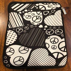 Handbags - iPad case love hearts peace zipper zipped foam